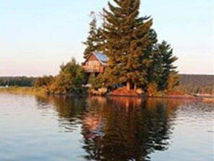 Island Cottage Algonquin Park