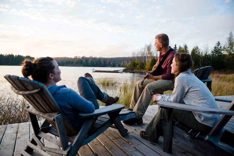 chill-deck-Algonquin log-cabin-