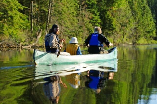 RESIZE nice canoe shot to use bob dawson